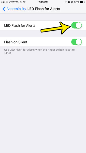 how to make the camera flash for text messages on iphone