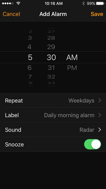 how to create an alarm on the iphone se