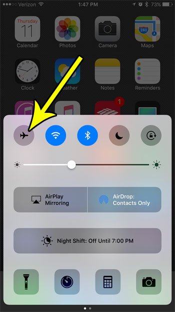 how to enable or disable airplane mode on an iphone