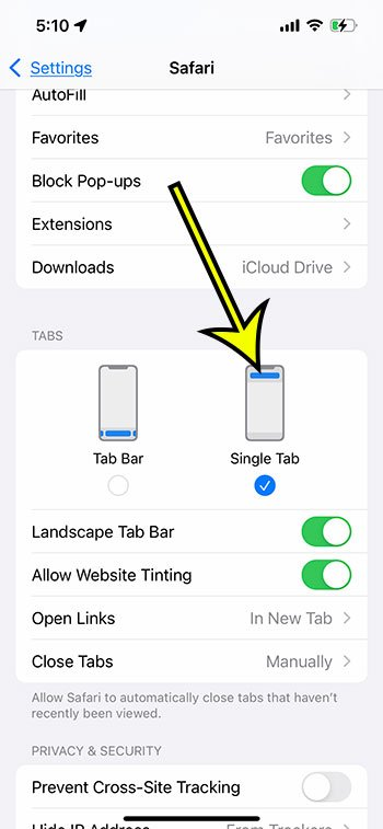 how to move the address bar back to the top of the screen on an iPhone 13